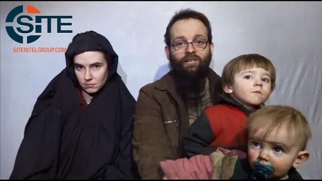 Caitlan Coleman, 31 ans et Joshua Boyle, 34 ans, ont eu leur trois enfants durant leur captivité.