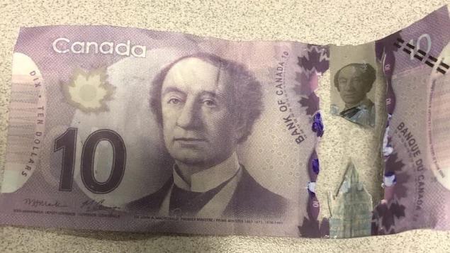 Faux billet de 10$.