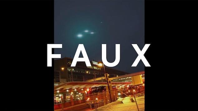 Des lumières survolent l'aéroport Montréal-Trudeau. Le mot FAUX est superposé sur l'image.