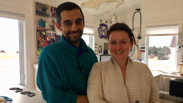 Chris et Sydney Seggie ont quitté leurs emplois respectifs à l'international pour revenir s'installer chez eux, dans les Maritimes.