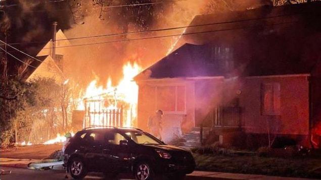 Un pyromane a allumé un incendie dans la résidence de Laurent Baril, le 19 avril dernier, alors que lui et ses deux enfants étaient au lit.