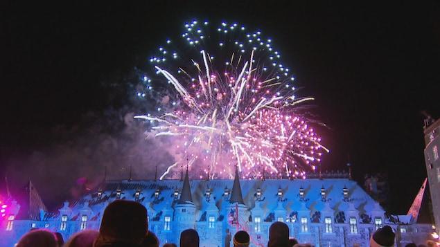 Les feux d'artifice pour souligner le Nouvel An à Québec.