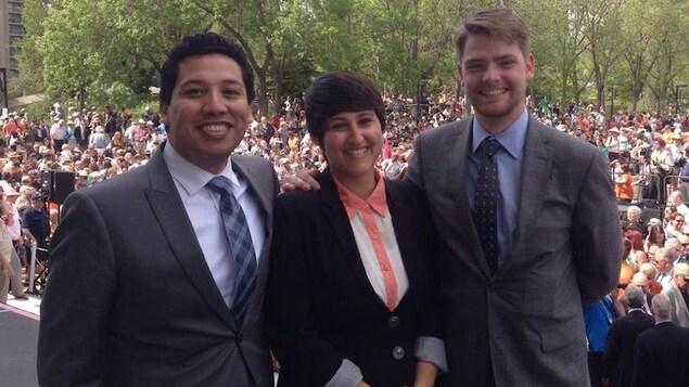 Selon le député Michael Connolly, la présence de trois députés issus de la communauté LGBT+ aide à transformer la culture machiste qui régnait à l'Assemblée législative de l'Alberta avant 2015.