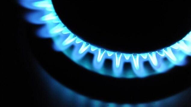 Un rond de cuisson au gaz naturel.