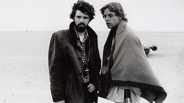 George Lucas et Mark Hamill, en Tunisie lors du tournage du premier «Star Wars» en 1976