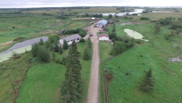 Une vue aérienne de la ferme de Gerald Stanley prise par la Gendarmerie royale Canada.