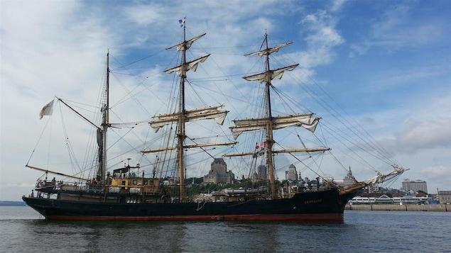 Le grand trois-mâts est arrivé à Québec jeudi matin