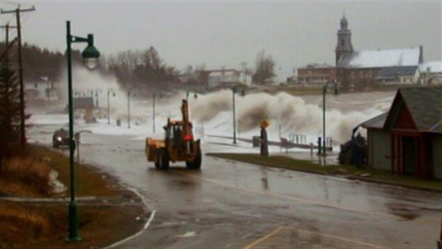 Les grandes marées de 2010 ont dévasté l'anse aux Coques à Sainte-Luce.