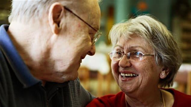 Des personnes âgées.