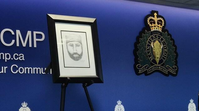 Un croquis d'un homme portant un chapeau et la barbe.