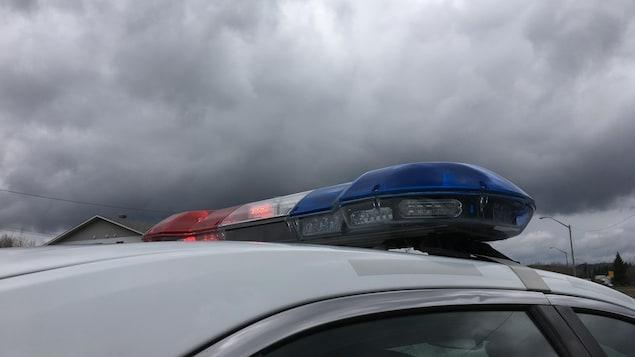 Gyrophares sur un véhicule de la Sûreté du Québec
