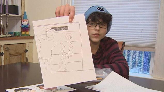 DJ montre une illustration qui montre son frère attaqué par un homme en colère.
