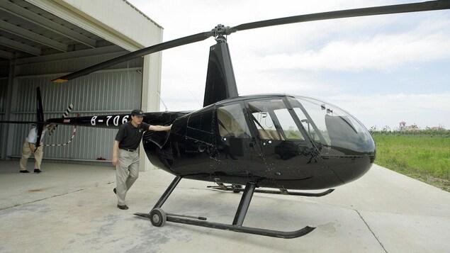Un hélicoptère Robinson R44.