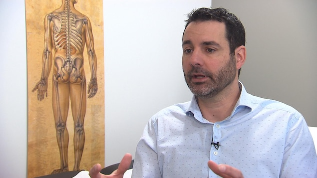 Le docteur Hugo Viens, orthopédiste et président de l'Association médicale du Québec (AMQ).