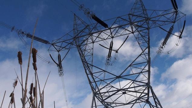 Un pylône d'Hydro-Québec