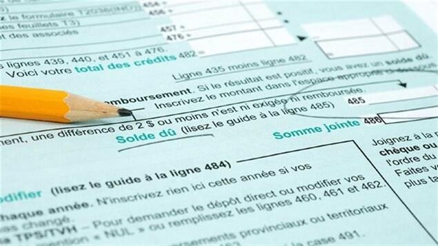 Un crayon sur un formulaire