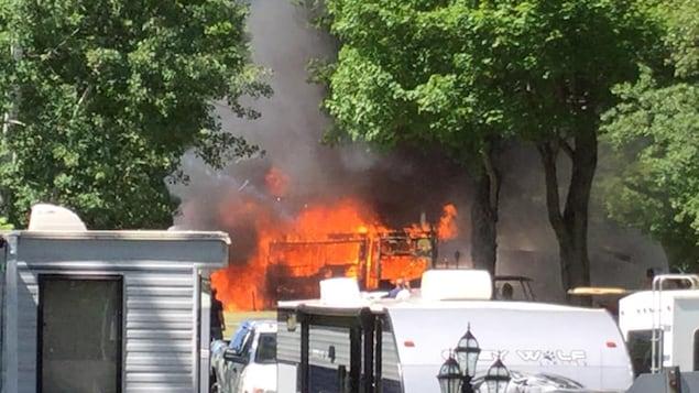 Un feu est survenu dans un camping de Sainte-Geneviève-de-Batiscan.