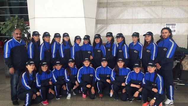 L'équipe féminine de hockey sur glace de l'Inde, créée en 2016.