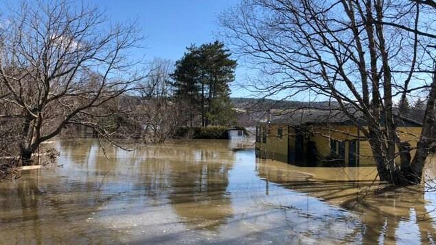 Inondation à Vallée-Jonction