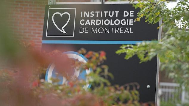Panneau de l'Institut de cardiologie de Montréal.