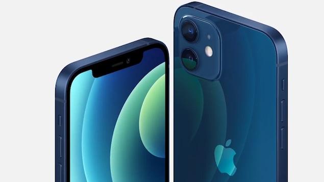 Image montrant le iPhone 12 de deux angles différents.