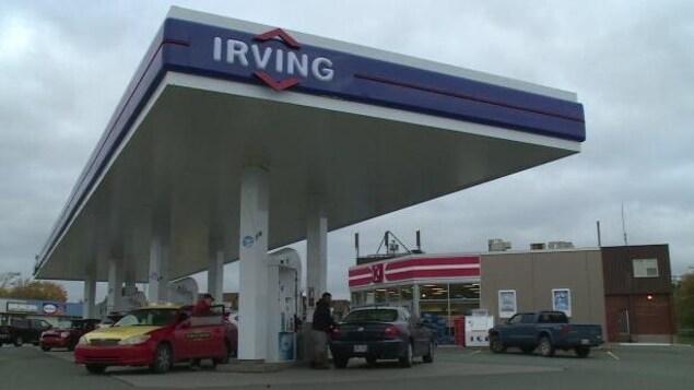 Une station service de la compagnie Irving.