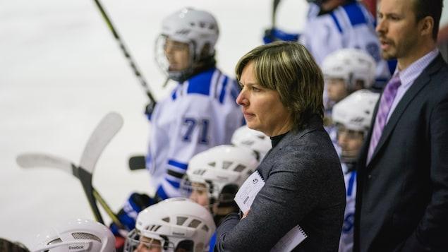Isabelle Leclaire, entraîneuse-chef des Carabins de l'Université de Montréal