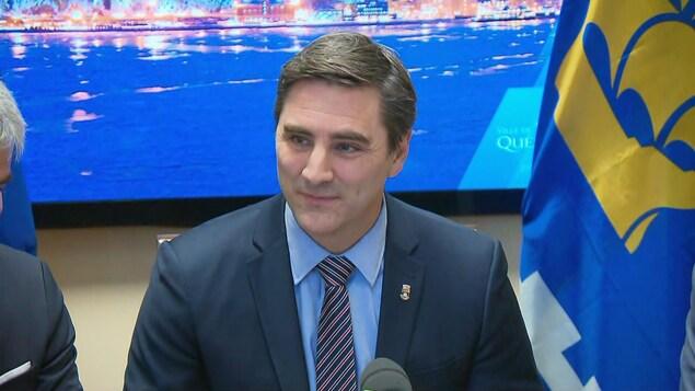 Jean-François Gosselin, chef de Québec 21, lors d'une conférence de presse en février 2020