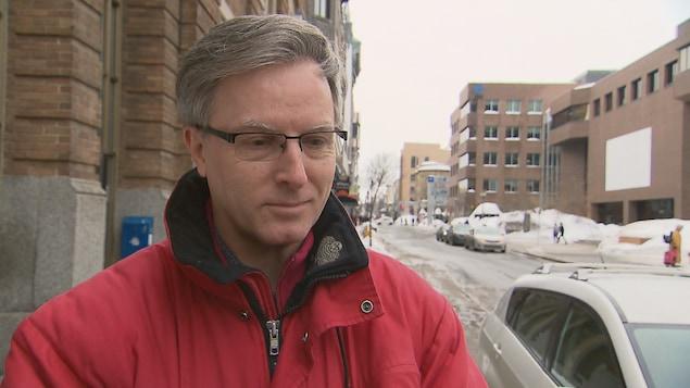 Le conseiller municipal de Québec, Jean Rousseau, en entrevue en mars 2019