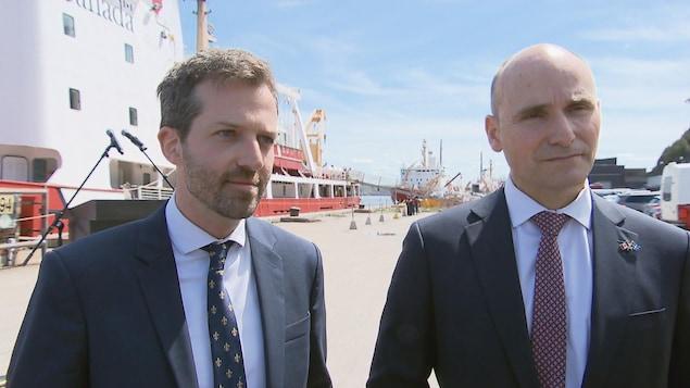 Le député de Louis-Hébert, Joël Lightbound, et le ministre de la Famille, Jean-Yves Duclos