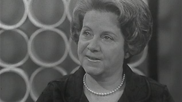 Jeanne Lapointe, lors d'une entrevue télévisée en 1968.