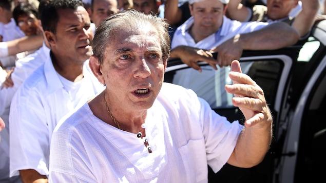 João Teixeira de Faria, mieux connu sous le nom de Jean de Dieu à Abadiania, Brésil, le mercredi 12 décembre 2018.