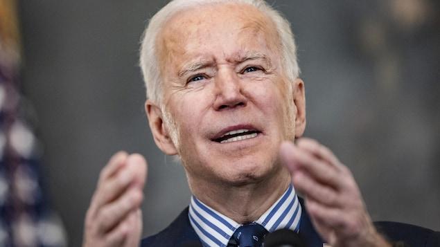 Gros plan de Joe Biden.