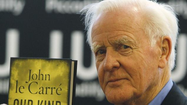 L'auteur britannique John Le Carré