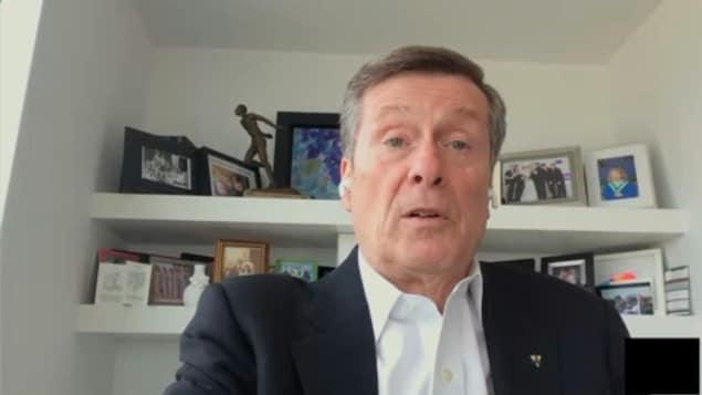 Le maire de Toronto en entrevue Skype.