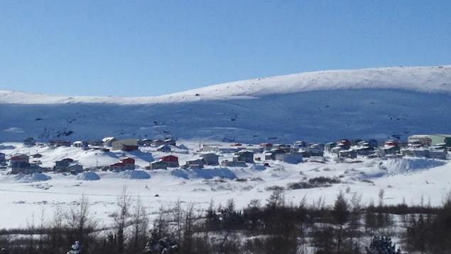A wideshot of the Kangiqsualujjuaq  skyline.