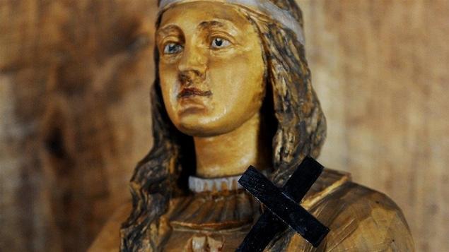 Une statue de Kateri Tekakwitha