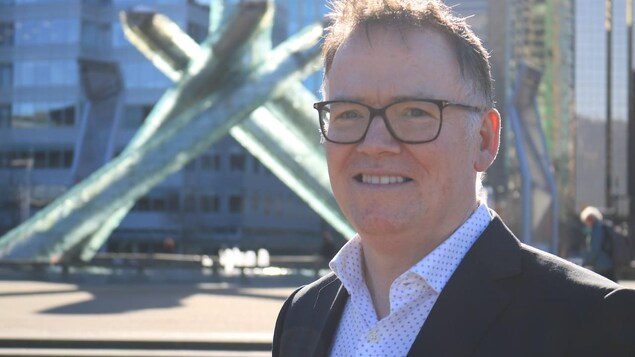 L'ancien ministre et candidat à la course à la chefferie du Parti libéral, Kevin Falcon.