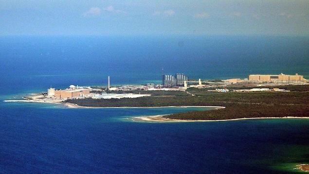 Une centrale nucléaire vue des airs