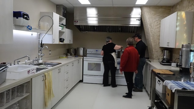 Une cuisine a été aménagée dans le centre multifonctionnel