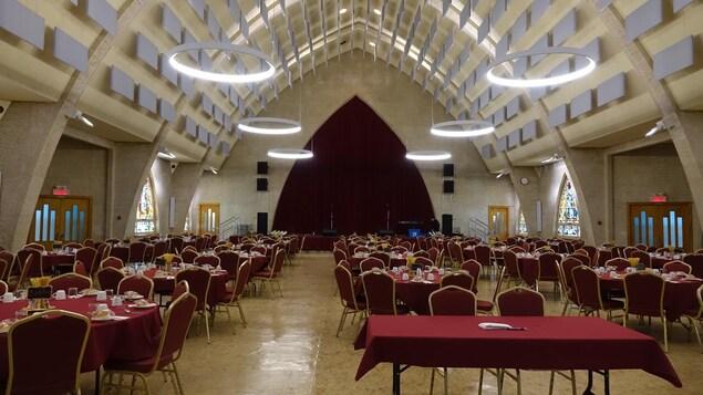 L'église a été reconvertie en salle de spectacle