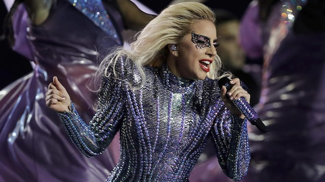 Lady Gaga au Super Bowl LI