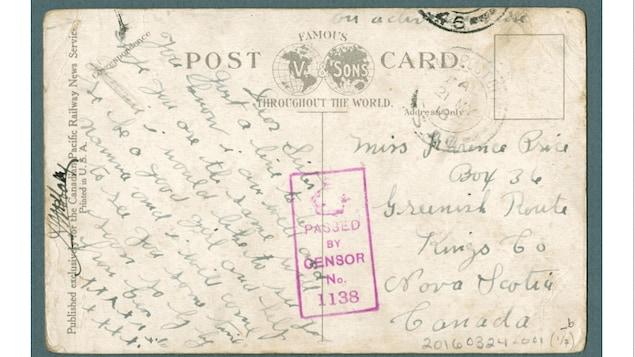 Une lettre signée du soldat. On voit aussi le tampon «Passed by censor».