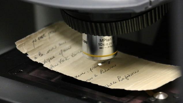 Un fragment de la lettre placée sous le spectroscope
