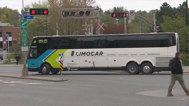 Un autobus de la compagnie Limocar