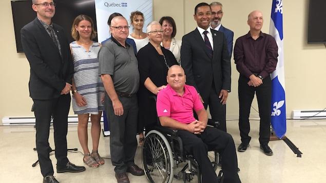 Le ministre délégué à la Santé et Services sociaux du Québec, Lionel Carmant, était de passage à Drummondville pour annoncer qu'il rend permanent le projet Forces dans la région.