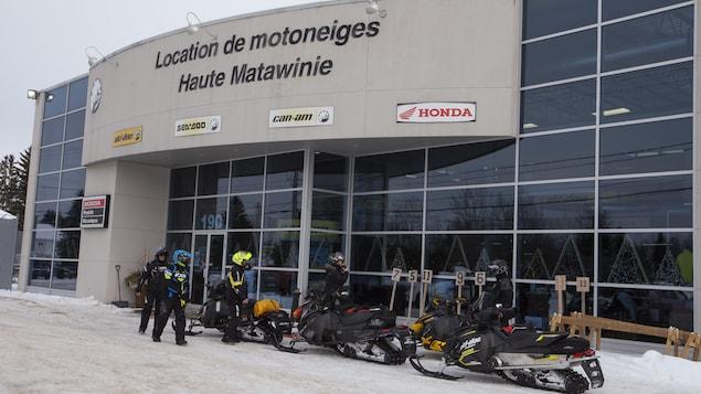Le centre de location de motoneiges de Haute-Matawinie.