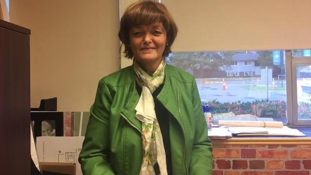 Lorraine Vaillancourt, directrice de l'école Les Pionniers-de-Maillardville, de Port Coquitlam, en Colombie-Britannique.