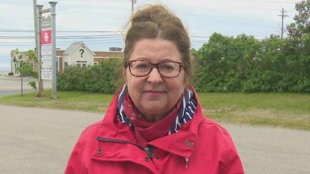 Lucie Lebouthillier, présidente du comité de sauvegarde de l'église de Bas-Caraquet.