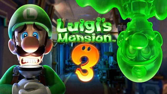 Luigi illumine son visage effrayé avec une lampe de poche. Luigi's Mansion 3 est écrit au centre de l'image.